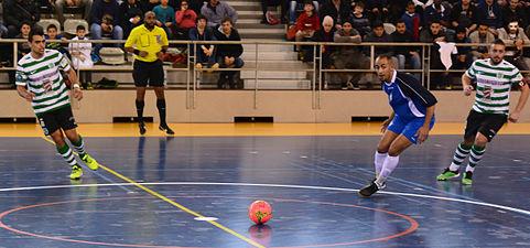 2015-02-28 16-10-55 futsal.jpg