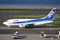 ANA B737-500(JA305K) (3815061616).jpg