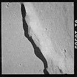 AS15-81-10985 (21082391063).jpg