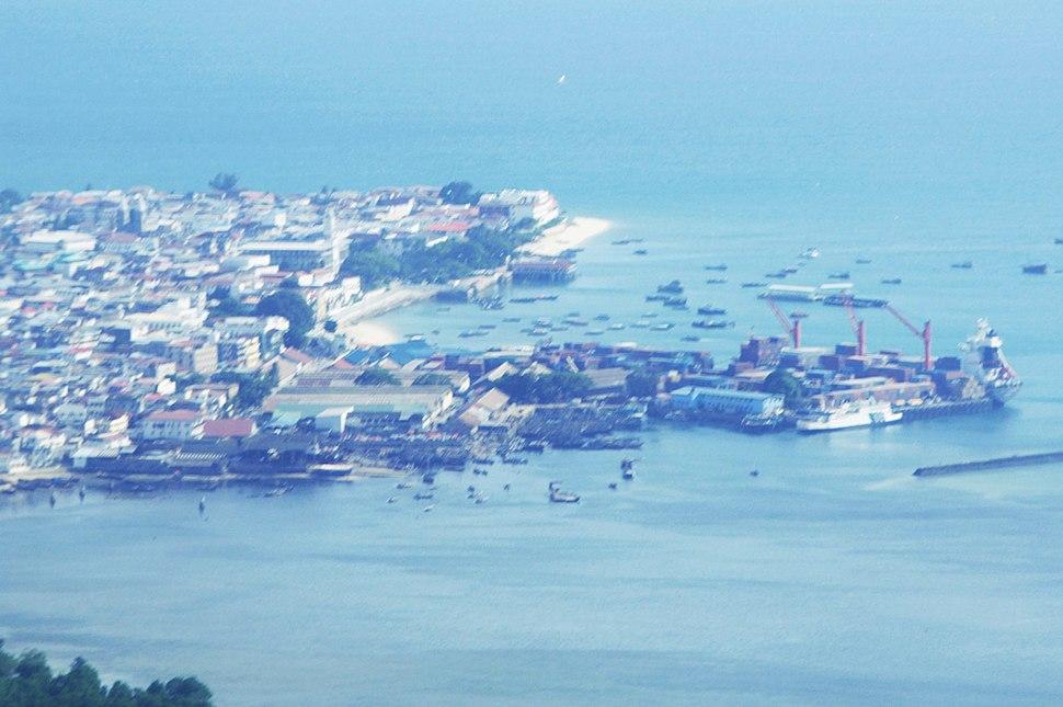 A bird%27s view of the stone city in Zanzibar