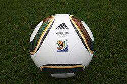 Adidas Jabulani Official World Cup 2010 (4158450149).jpg