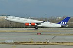 Airbus A340-313X 'OY-KBC' Scandanavian Airline System (47514560612).jpg