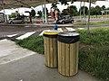 Aire de Villeroy (A19) - poubelle.JPG