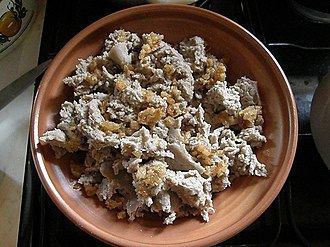 Slovenian cuisine - Ajdovi žganci with cracklings