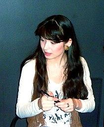 Alice Sara Ott (2011).jpg