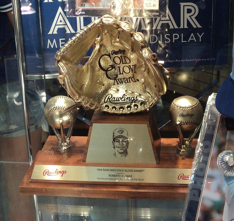 Alomar Golden Glove award