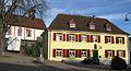 Altes Schulhaus in Wittnau mit Mariä Himmelfahrt.jpg