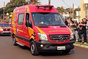 Military Police of Paraná State - Image: Ambulancia bombeiroslondrina