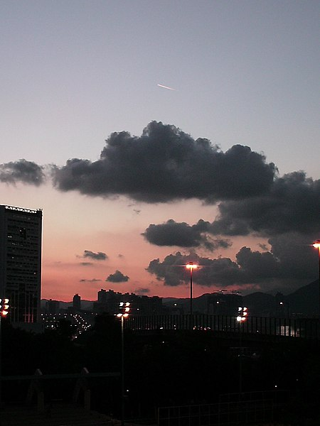 File:An UFO flying around Taikoo Shing (above the middle black cloud) - panoramio.jpg DescriptionAn UFO flying around Taikoo Shing (above the middle black cloud)