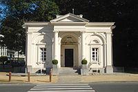 Anciens pavillons d'octroi de la Porte de Namur 01.JPG