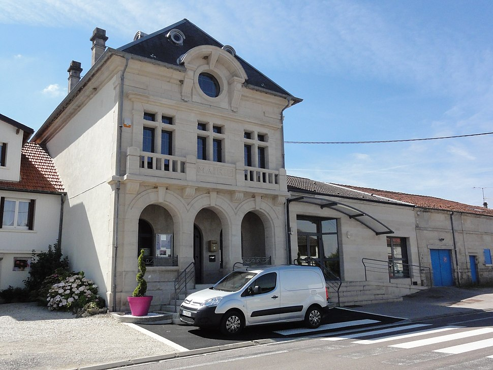 The town hall in Andernay