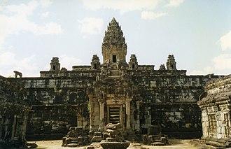 Bakong - Image: Angkor, Roluos Group, Bakong (6198838020)