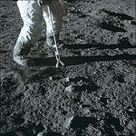 Apollo 12 lunar hand tong (AS12-47-6932).jpg