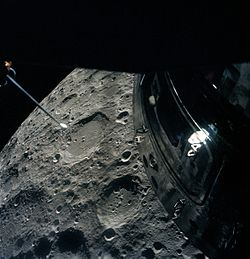 Apollo 13 passing Moon.jpg