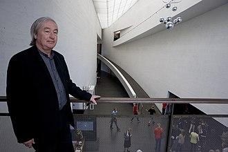 Steven Holl - Architect Steven Holl on the second-floor balcony of Kiasma in 2008