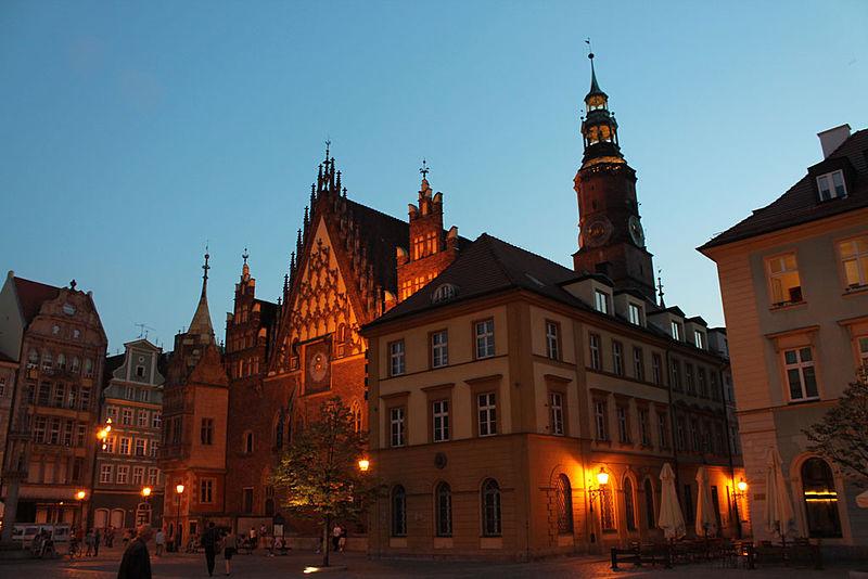 File:Ayuntamiento de Breslavia.JPG