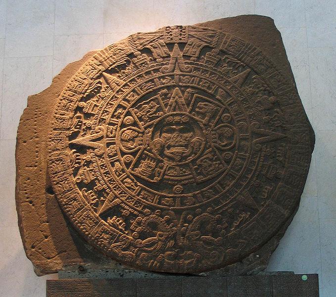 Archivo:Aztekischer Kalenderstein.jpg