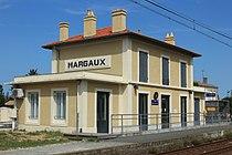 Bâtiment voyageurs de Margaux par Cramos.JPG