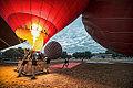 Balloons over Bagan (14706547628).jpg