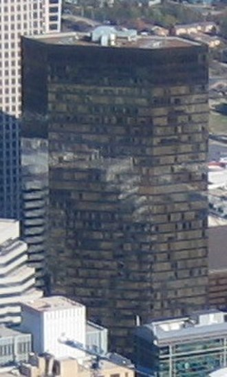 Bank of America Plaza (Charlotte) - Image: Bank of America Plaza (Charlotte) cropped