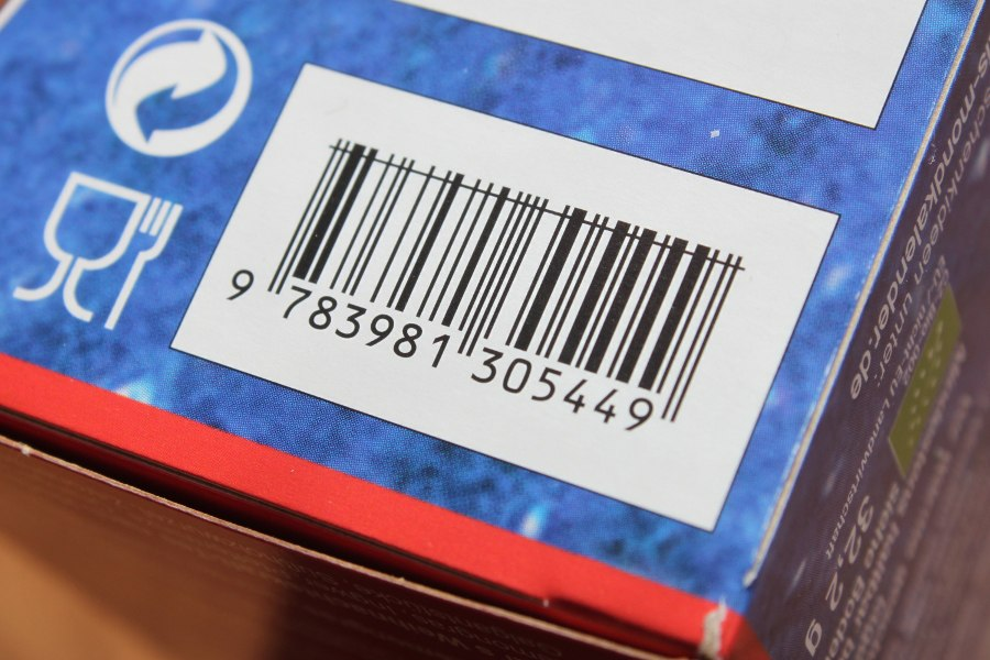 Barcode with vertical line