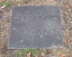 Philippe de Rullecourt - Memorial stone of Baron de Rullecourt in Saint Helier Parish churchyard where the Baron was buried