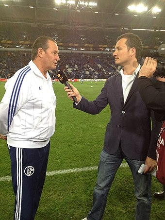 Huub Stevens managed the club in two spells: firstly, from 1996 to 2002, where he won the UEFA Cup in 1997, and secondly, from 2011 to 2012. He was voted 'Coach of the Century' by Schalke fans in 1999. Bas van Veenendaal.JPG