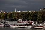 Bateaux Mouches 1, 14 September 2012.jpg