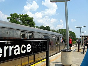 Bay Terrace (Staten Island Railway station) - Northern part of platform