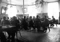 Beim Mittagessen im Grippe-Erholungszentrum Sigriswil - CH-BAR - 3241410.tif