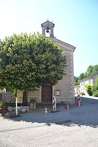 Bellegarde en Diois - église et tilleul.JPG
