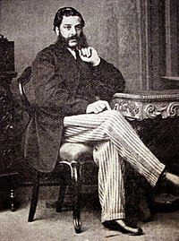 Benjamin Farjeon sitting portrat.jpg