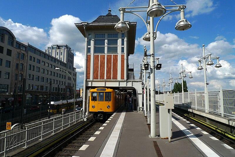 Berliner Dom U Bahn