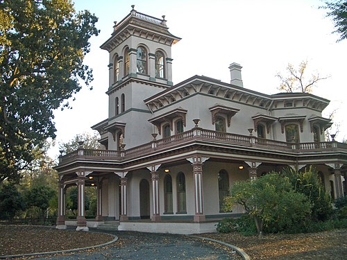 Walnut Creek Manor Apartments