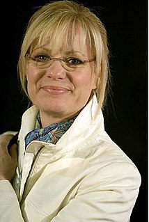 Bonnie Hunt Stand-up comedienne