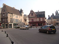 BourgesplacePlanchat.   JPG