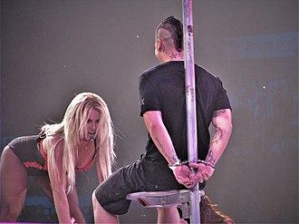 Femme Fatale Tour - Image: Britney L&L Toronto FFT