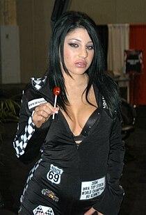 Britney Stevens at AEE 2007 Wednesday 3.jpg