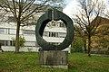 Bronzeplastik Grand Astre 1⁄3 (André Ramseyer 1966) 06.jpg
