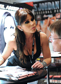 Brooklyn Lee at AVN Adult Entertainment Expo 2012 1.jpg