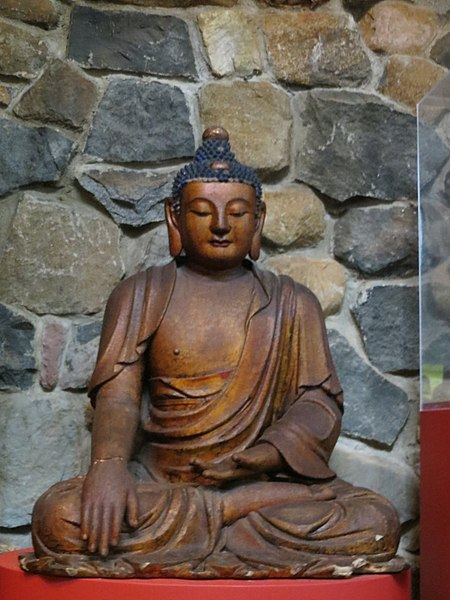 File:Buddha Statue, Museum of Tibetan Art.jpg