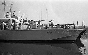 Brave-class patrol boat - Image: Bundesarchiv B 145 Bild F010729 0071, Marine aus Großbritannien in Oberwinter am Rhein