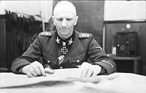 Bundesarchiv Bild 101I-090-3916-14, Russland, Herbert Gille.jpg