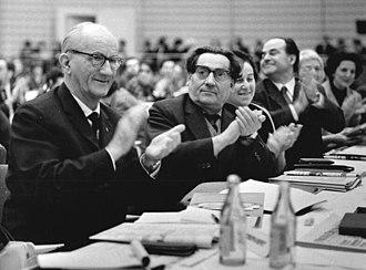Max Zimmering - Max Zimmering (center) in 1967 with Alfred Kurella (left)