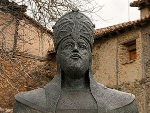 Almanzor - Statue of Almanzor in Calatañazor, Spain