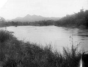 Kampar River - Image: COLLECTIE TROPENMUSEUM Gezicht over de rivier Kampar in de omgeving van Moeara Takoes T Mnr 10021581