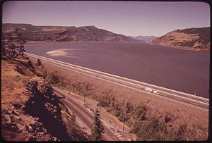 Interstate 84 in Oregon - I-80N, now I-84 between the Hood River and The Dalles, 1973
