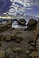 Caesarea Maritima - restanten pier.jpg