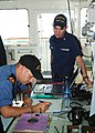 Canadian and US officers work together during Operation Nanook 2010.jpg