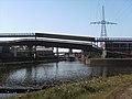 Canal Bruxelles-Charleroi - la Sambre et la bifurcation vers le canal.jpg